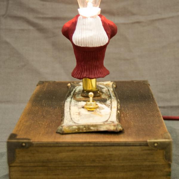 Amelia Lightbulb-Head
